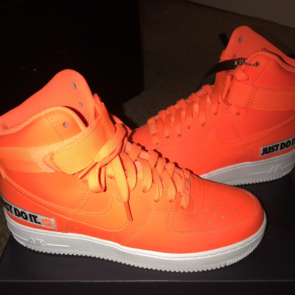 Nike air forces high top NWT